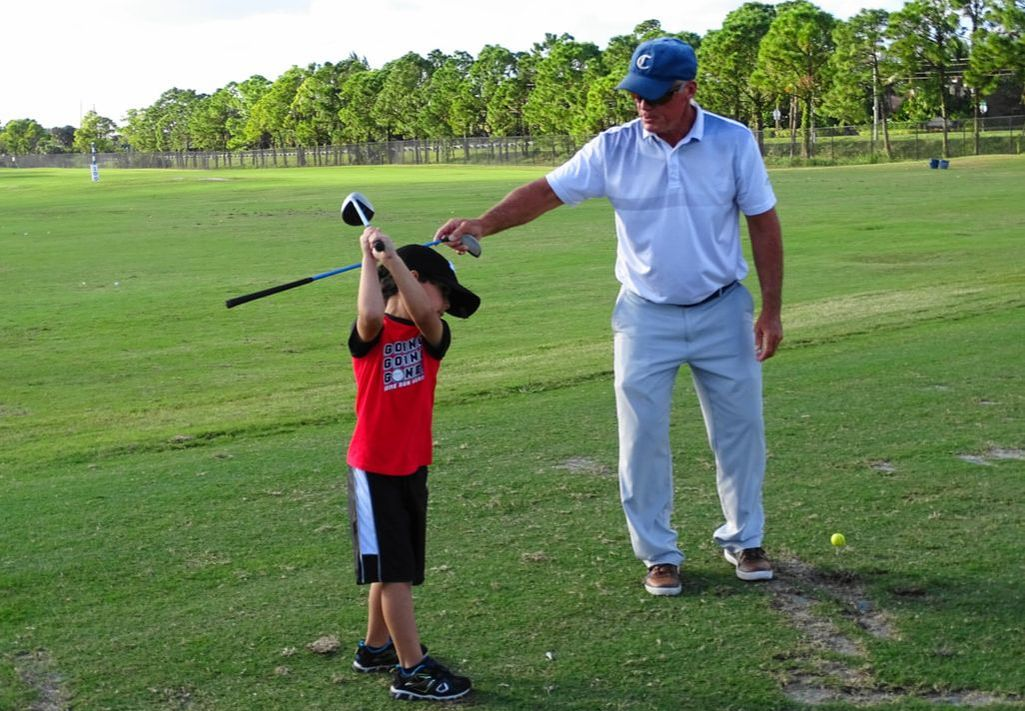Junior golf lesson at Okeheelee Golf Course